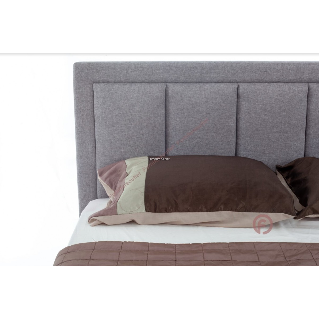 TAYLOR QUEEN WITH SINGLE PULLOUT BED